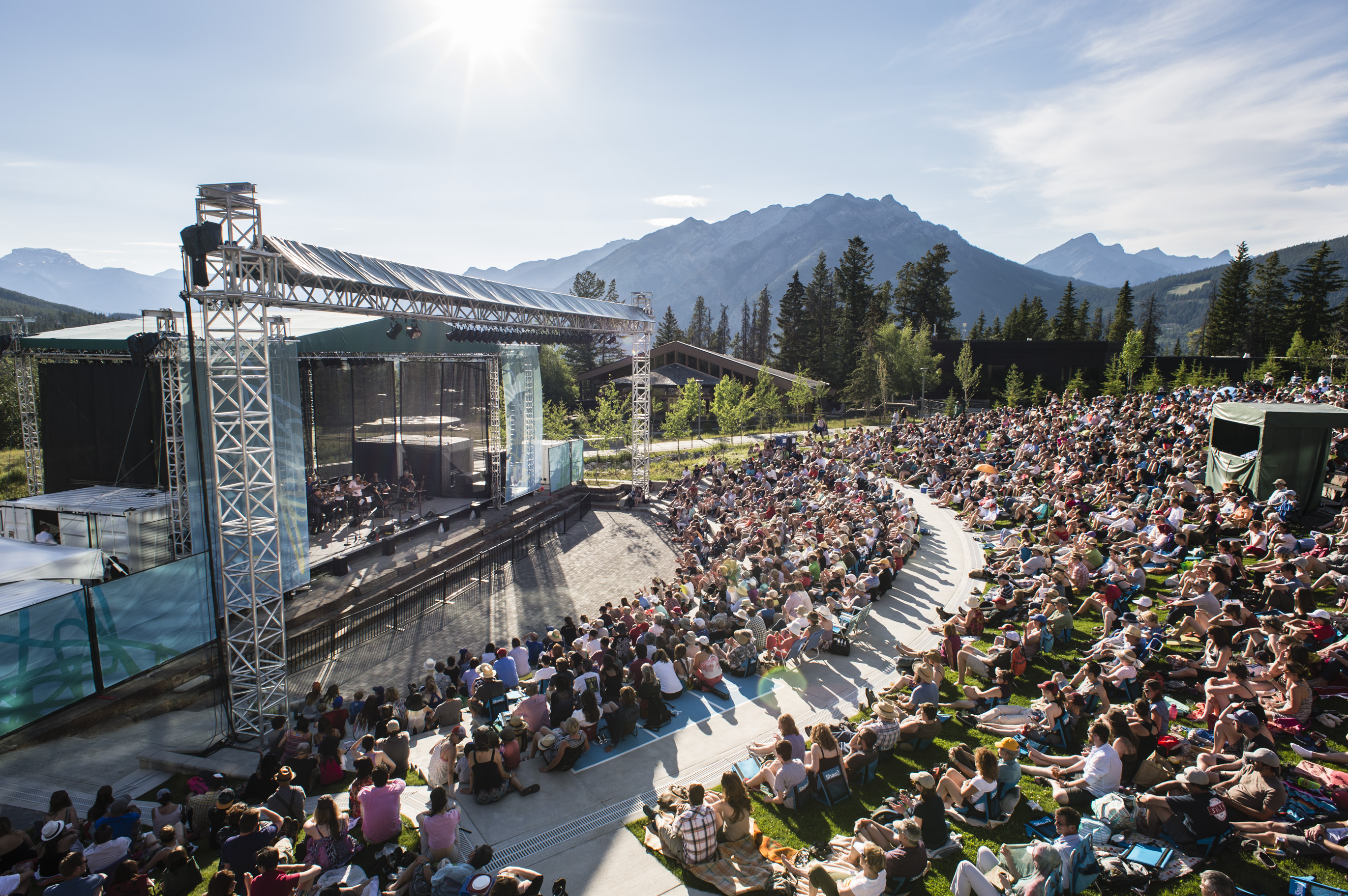 Shaw Amphitheatre crowd on a summer day.