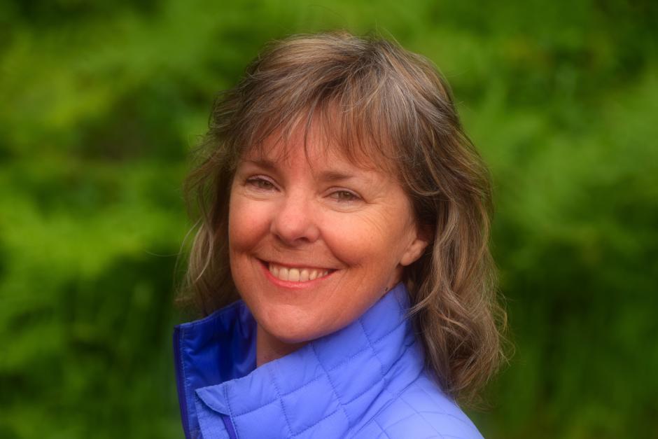 Susan Purvis headshot