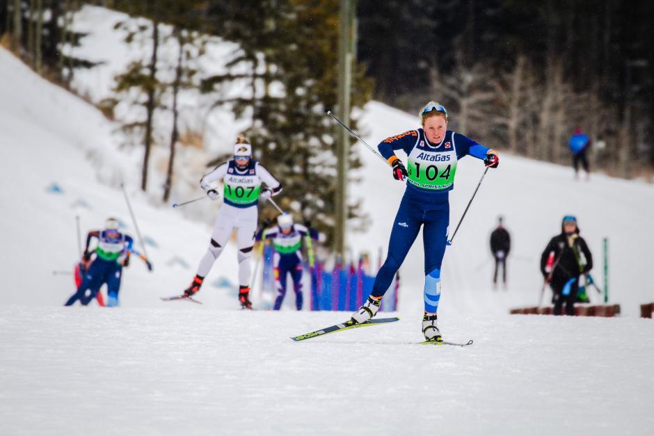 Isobel Hendry cross country skiing