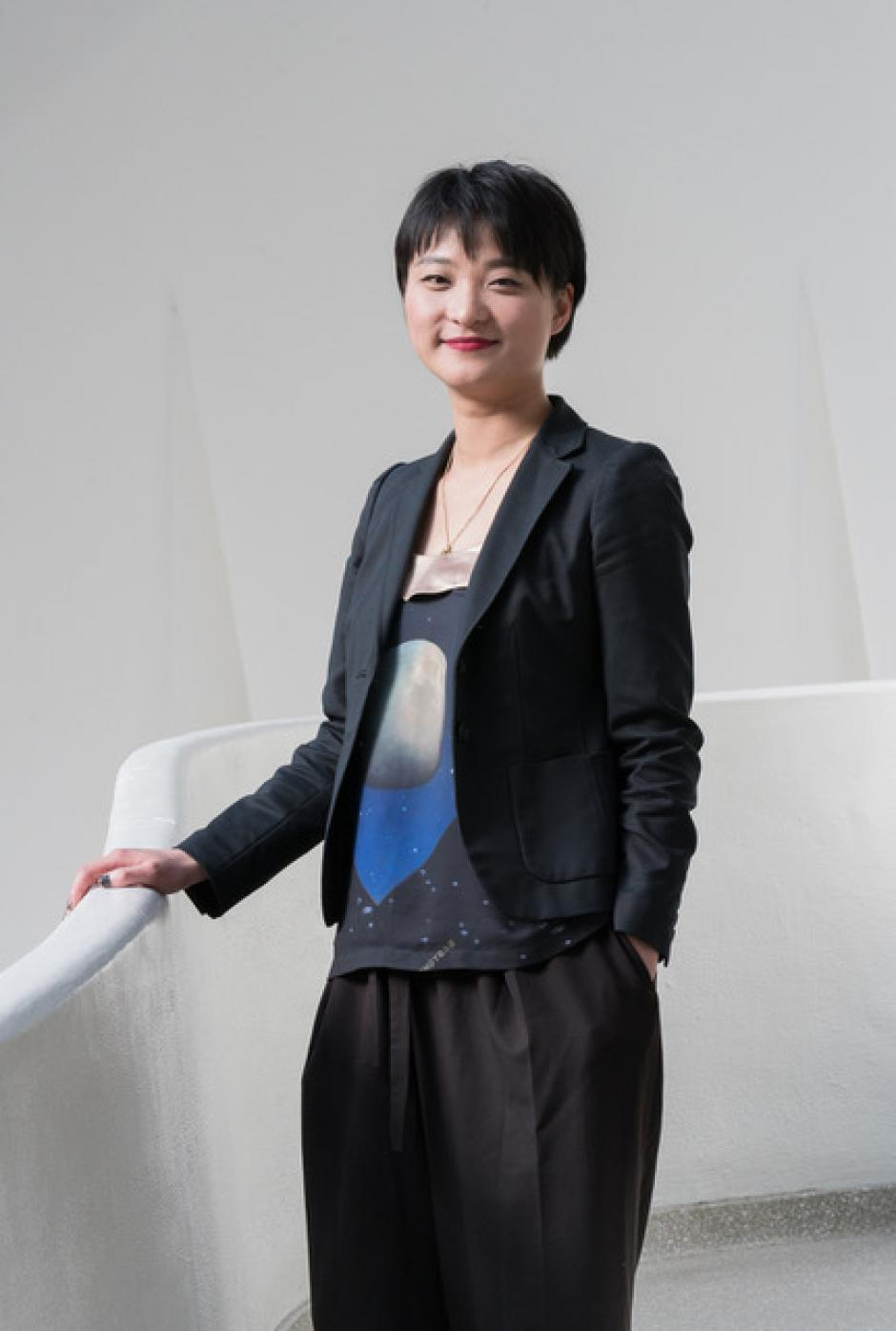 Artist Xiaoyu Weng, to lecture at Banff Centre.