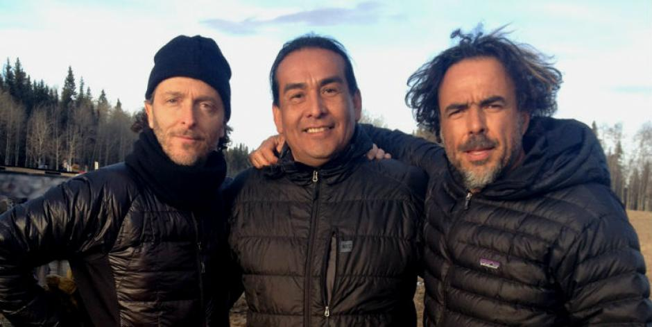 "Cinematographer Emmanuel ""Chivo"" Lubezki, Cultural Consultant Craig Falcon and Director Alejandro González Iñárritu on the set of The Revenant"