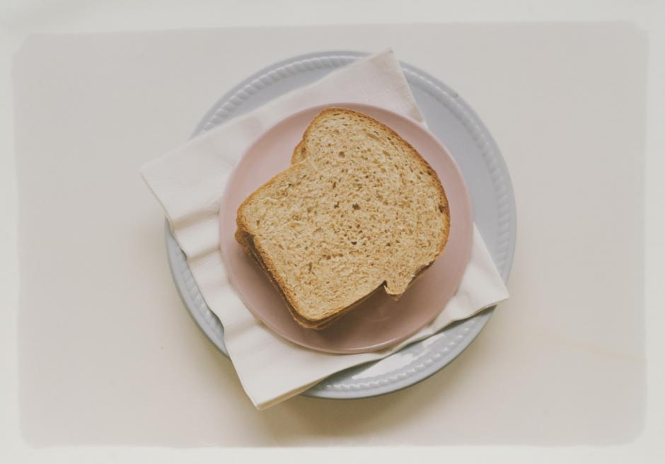 "Barbara Spohr, ""Bread on Saucer"" (unknown date). C-print, 50.3cm x 60.7cm"