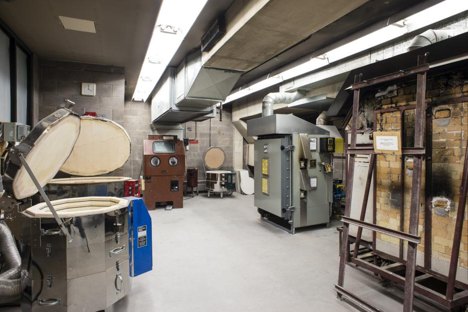 Electric kilns and sand blaster in the ceramic faciltiies