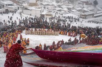2021 Banff Mountain Photo Essay Competition Grand Prize, Monlam, David Marciano