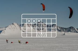 Calendar icon with kite skiing background image