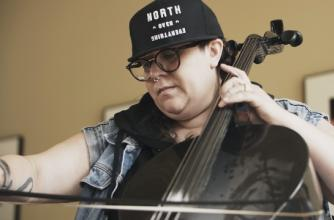 Cris Derksen plays the Cello,