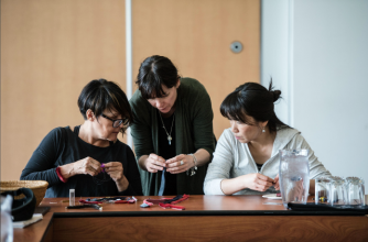 National Indigenous Peoples Day 2018 at Banff Centre, Seal Bracelet Making, Photo by Jessica Wittman