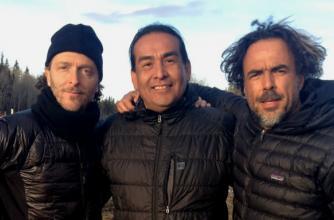 "Cinematographer Emmanuel ""Chivo"" Lubezki, Cultural Consultant Craig Falcon and Director Alejandro González Iñárritu on the set of The Revenant"