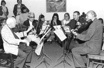 Zoltan Szekely, Lorand Fenyves, violins; Gabor Magyar, cello; Georges Janzer, viola