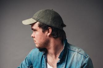 Braden Gates, Edmonton based singer-songwriter