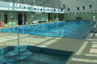 Swimming pool and hot tub - Sally Borden Fitness & Recreation