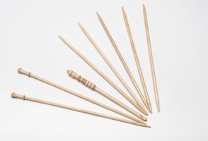 Knitting needles kit
