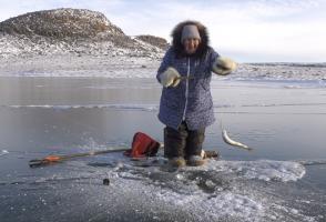 Image from the film Okpilik - Inuit Nunangat Taimannganit