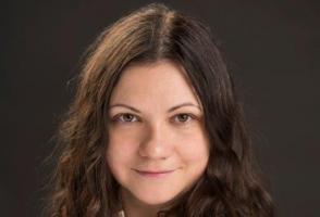 Portrait of Banff Centre Foundation member Delia Cristea.