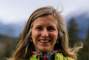 Lynn Martel (C) Grace Gorman