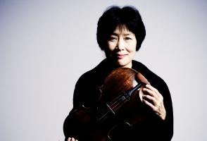 Nobuko Imai, photo by Marco Borggreve